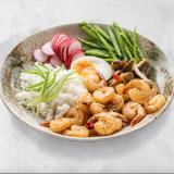 Crevettes au curry et sésame